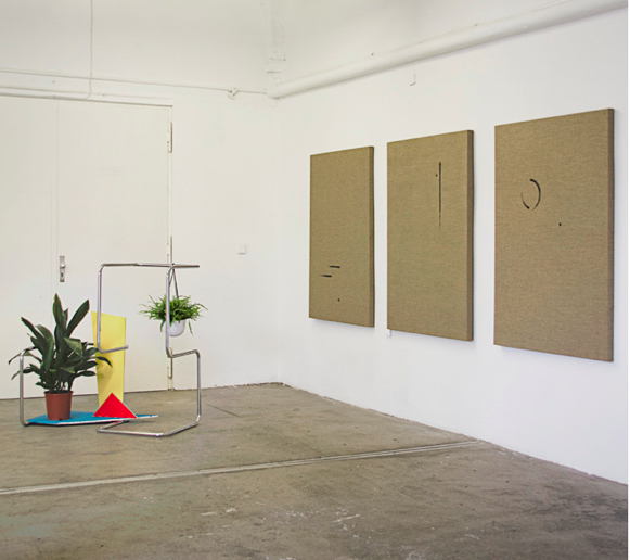 Installation view of Annika Rixen (left) and Stephan Backes (right)